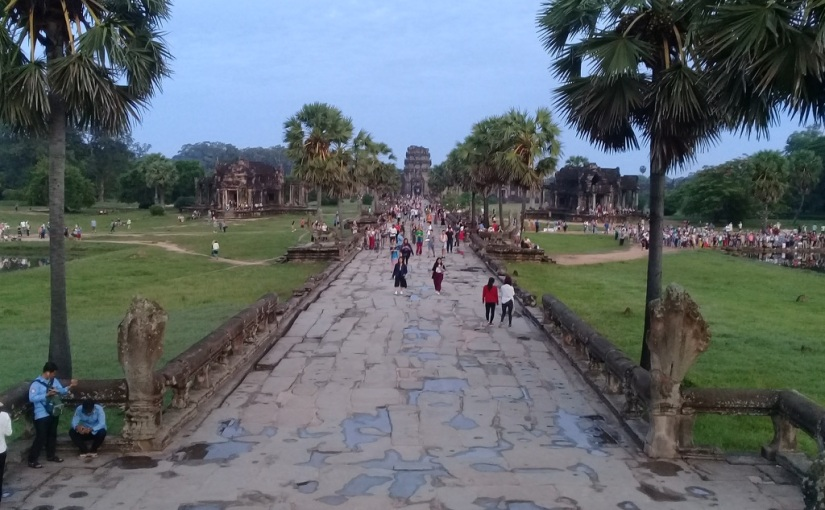 Crusty Eyes and Magificent Sites: Angkor Wat
